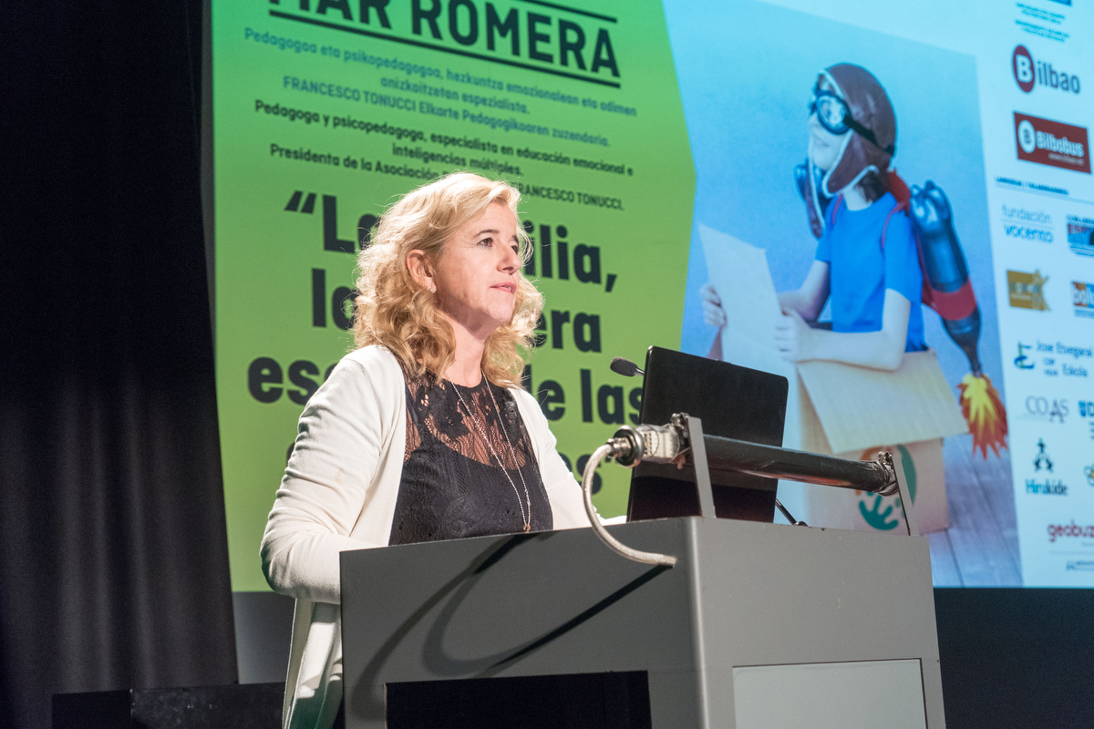 Mar Romera 19ª Semana de la familia y premios Familia Euskadi 2018 en Bilbao